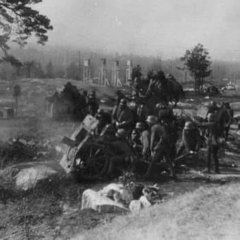 Sisällissota 1918 - punaiset muistot: Pasilan taistelut näkyivät pyykkituvan ikkunasta (Ester Kangasmaa, Helsinki)