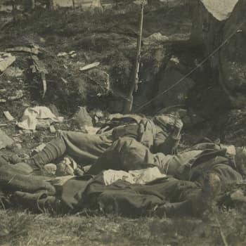 Sisällissota 1918 - punaiset muistot: Lahtelaisen putkimiehen seikkailut Venäjällä ja Suomessa 1915–1918 (Lauri Eronen)