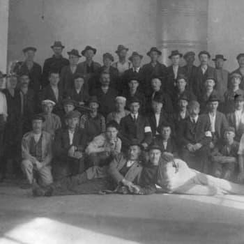 """Sisällissota 1918 - punaiset muistot: """"Älä laita vähistä varoistas eväitä sinne, ei sinulla poikaa enää ole"""" (Olga Kääpä, Taipalsaari)"""