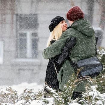 Tiina Lundbergin huoltamo: Pitäkää huolta toisistanne!