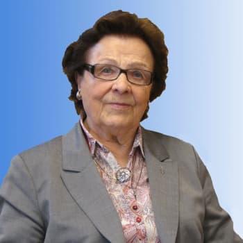 Entinen lotta Kaarina Peltola toivoo arvostusta tavallisten ihmisten työlle