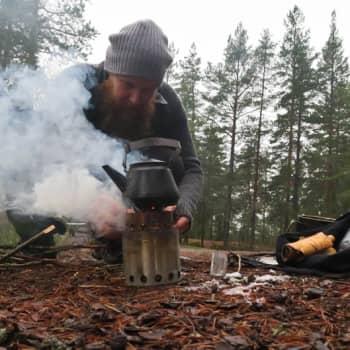 Metsäradio.: Risukeittimen savuissa