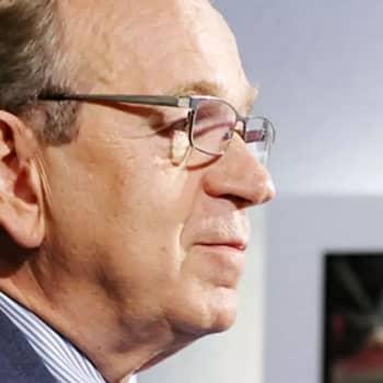 Mitä tekemistä pääskysellä on Suomen pankin pääjohtajan Erkki Liikasen kanssa?
