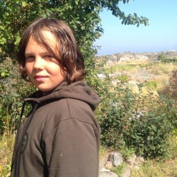 Luontoretki.: 13-vuotiaan Topi Lähteenmäen ensimmäinen kirja