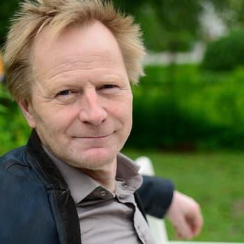 Oululainen Mieskuoro Huutajat on vienyt omaperäistä mieskuoroilmaisuaan maailmalle jo kolmekymmentä vuotta.
