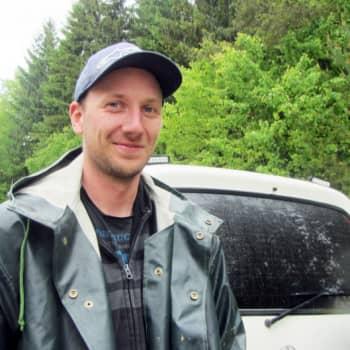 Virmaila, Padasjoki: Nostosilta, nuori kalastaja, kävelyretki Eurooppaan