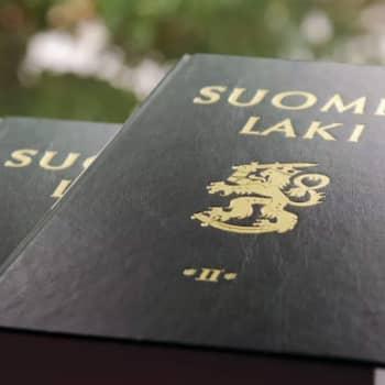 Ykkösaamu: Oikeushistorian professori Jukka Kekkonen: Poliittinen päämäärä sumentaa vakavan oikeudellisen ongelmatiikan