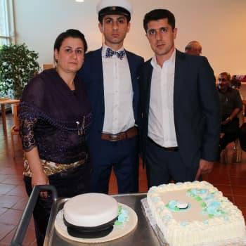 Mahadura & Özberkan: Tanssimista, valtavat määrät ruokaa, iloa ja naurua – niistä on kurdilaiset yo-juhlat tehty!