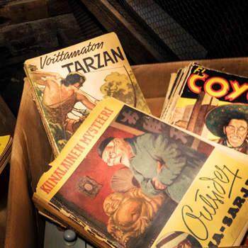 Kirjakerho: Aarresaarella - Apinoiden Tarzan ja Kari Hotakainen