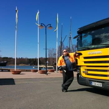 Sunnuntaivieras: RMJ:n isä Riku Räsänen rikastuttaa raumalaista kulttuuria tee-se-itse -meiningillään