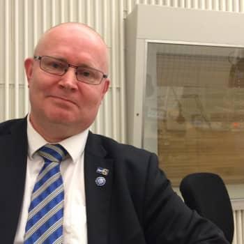 Mikä maksaa?: Vieraana oikeus- ja työministeri Jari Lindström
