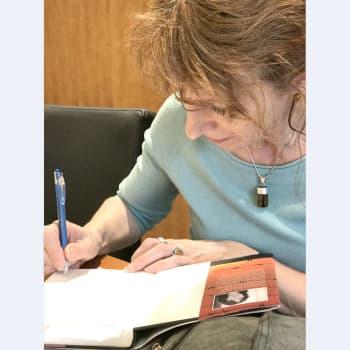 Romano mirits: Paola Piganin romaani kertoo Ranskassa natsimiehityksen aikana internoitujen romanien tarinan
