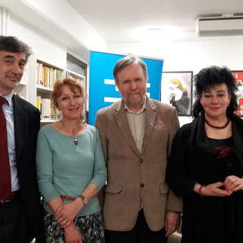 Kultakuume: Kirjailija Paola Pigani vieraili Suomessa: Älä astu sieluuni kengät jalassa