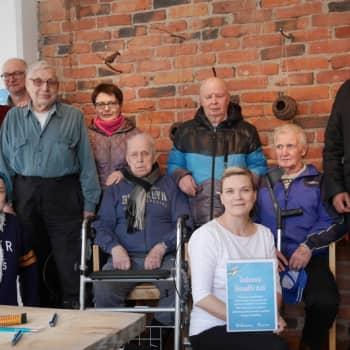 Jokapaikan Reetta: Vapaaehtoistöissä automiehenä Hollolassa