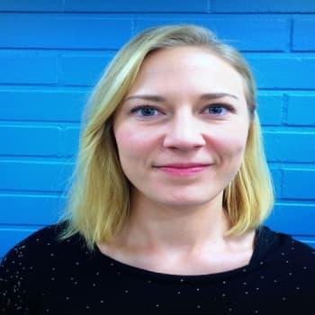 YLE Helsinki: Miten jatkuva puhelimen tai tabletin näppäily vaikuttaa nuorten aivoihin?
