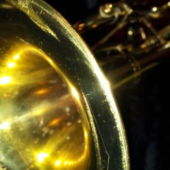Sinfonian soittimet: Monipuolinen trumpetti taipuu efekteistä sooloihin