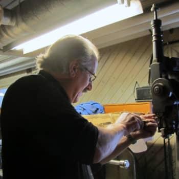 Jokapaikan Reetta: Kenkätehtaalla Töysässä