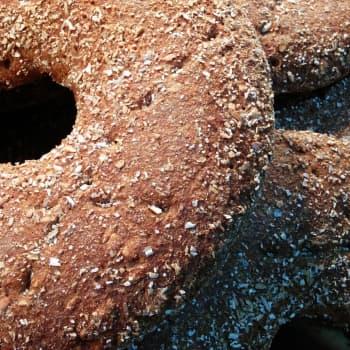 Ajantasa: Kansallisruoka ruisleipä yhdistää nuoret ja vanhat