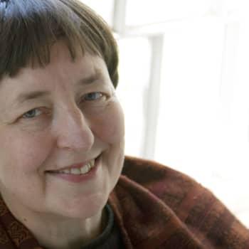 2006 Leena Krohn ja romaani Mehiläispaviljonki