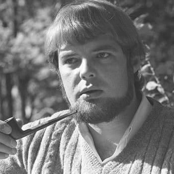 1978 Juhani Peltonen ja romaani Elmo