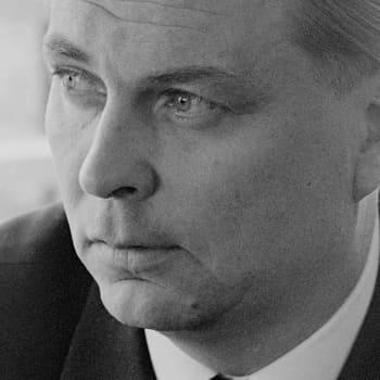 1963 Paavo Rintala ja romaani Sissiluutnantti