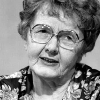 1961 Anni Polva ja romaani Tiinalla on hyvä sydän
