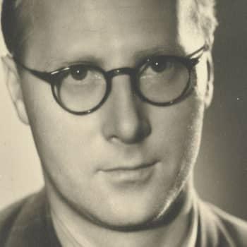 1937 Martti Laine ja romaani Kuilu
