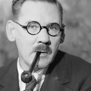 1929 Aarno Karimo ja teos Kumpujen yöstä