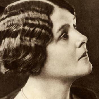 1928 Aino Kallas ja romaani Sudenmorsian