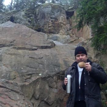 Luontoretki.: Pitkäjärven jyrkänteellä