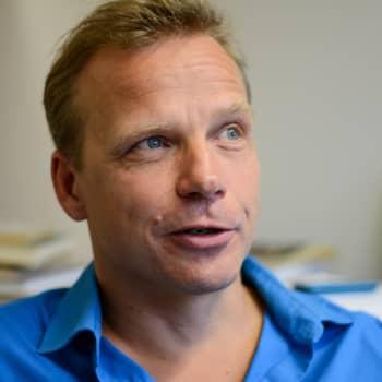 Kvanthopp - om att läsa för att leva: Kvanthopp - om att läsa för att leva. Filosofen Joel Backström