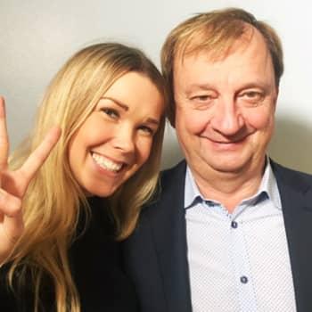 Tuija Pehkonen: Vieraana Hjallis Harkimo