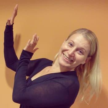 Radio Suomi Kuopio: Tanssija Salla Pakarinen-Räsänen tahtoo haastaa koko Suomen tanssimaan