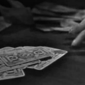 Piru jakajana korttiringissä