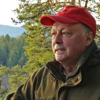 Metsäradio.: Metsäradion henkilökuvassa Olli Autto