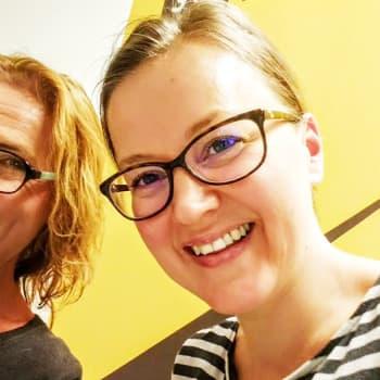 Miia Krause: Anna-Riikka Carlson: Monet käsikirjoitukset syntyvät tunnekuohun vallassa