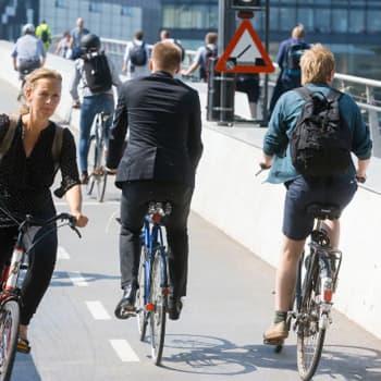 Maailmanpolitiikan arkipäivää: Kaupunkipyöräilyn iloa ja tuskaa