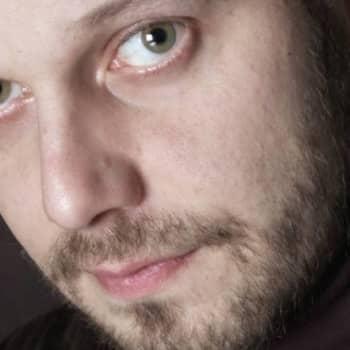 Kirjakerho: Kun Suomessa nähtiin nälkää. Kirjailija Aki Ollikainen ja Nadja Nowak