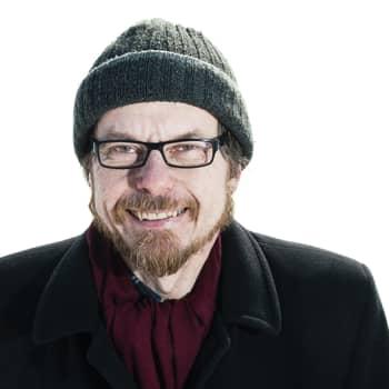 KulttuuriCocktail Puheessa: Runeberg-voittaja Tapio Koivukari koki erikoisen näyn: kivi morjesti hänelle!