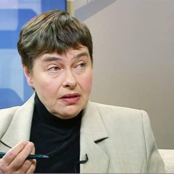 Ykkösaamun kolumni: Terttu Utriainen: Kiusaaminen huvittelumuotona