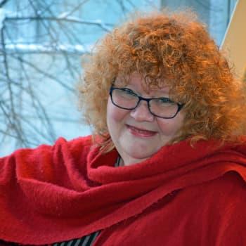 Kuuluttajan vieras: Radio Suomen toimittaja Kirsi Väänänen