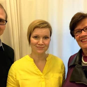 Sari Valto: Lihansyöjä vastaan kasvissyöjä