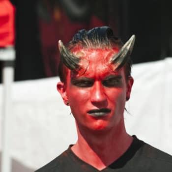 Viikon fraasirikos: Saatanalliset jakeet