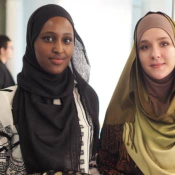 YleX Etusivu: Miksi musliminainen haluaa käyttää huivia?