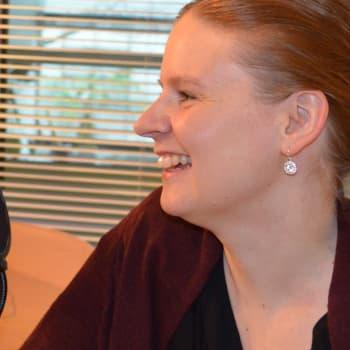 Kuuluttajan vieras: musiikkitoimittaja Lotta Emanuelsson