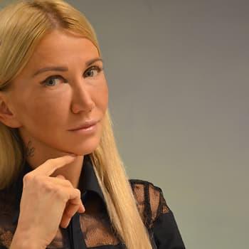 """Puheen Iltapäivä: Venäläisnainen Sofia: """"Venäläisten tyylistä pitää näkyä myös sivistys ja käytöstavat"""""""