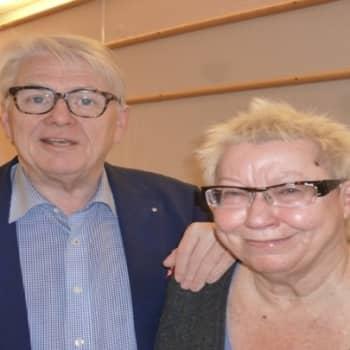 Roman Schatzin Maamme-kirja: Nouseeko nationalismi Suomessa?