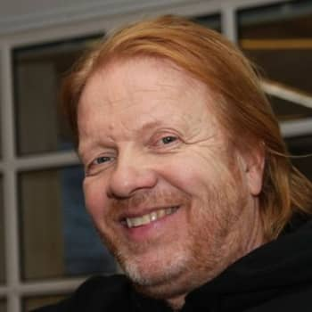 Tätä et minusta tiennyt: Heikki Silvennoinen aiheutti päänvaivaa lennonjohdolle Ruotsin rajalla