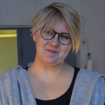 Taiteilijaelämää: Kuvanveistäjä Emma Helle