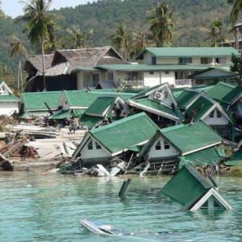 Maailmanpolitiikan arkipäivää: Tsunamin jäljet
